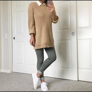 Sweaters - Oversized sweater in camel